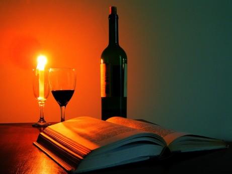 kniha a víno